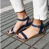 Những kiểu giày dép được cái sao ưu ái khi ra sân bay